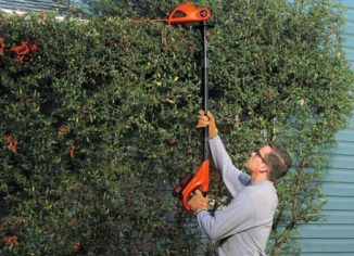 BLACK and DECKER 20V MAX Cordless Pole Hedge Trimmers